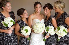 Bridal-party-bouquets