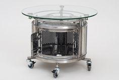 table basse machine a laver Une table basse fabriquée à partir dun tambour de machine à laver recyclé