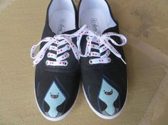 Hand Painted Shoes  Marceline  Adventure Time por cindystyle