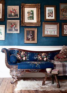 My Living Room: Antique sofa by Janice Issitt Antique Sofa, Décor Antique, Coca Cola Vintage, Ivy House, Interior Decorating, Interior Design, Decorating Ideas, Colorful Interiors, Vintage Decor