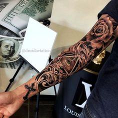 Você já pensou em fechar o braço de tatuagens? – Tattoo2me Magazine Forarm Tattoos, Forearm Sleeve Tattoos, Dope Tattoos, Leg Tattoos, Body Art Tattoos, Half Sleeve Tattoos For Guys, Full Sleeve Tattoos, Realistic Tattoo Sleeve, Illuminati Tattoo