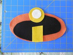 """Two Kid Kitchen: DIY """"The Incredibles"""" family costumes Family Costumes, Diy Costumes, Halloween Costumes, Incredibles Costume, The Incredibles, Fancy Dress Diy, Kid Kitchen, Birthday Gag Gifts, Cool Masks"""