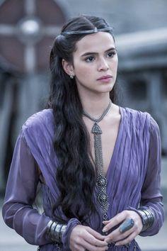 "Bruna Marquezine as Princess Catarina in ""Deus Salve o Rei"" (2018)."