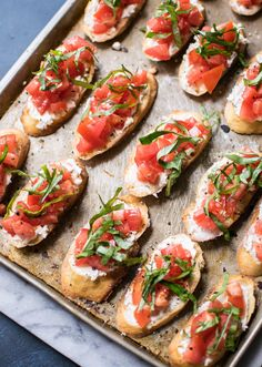 Authentic Italian Bruschetta is a classic appetizer that people absolutely love. Learn all the little tricks for making the perfect bruschetta. Thanksgiving Appetizers, Appetizers For Party, Thanksgiving Recipes, Appetizer Recipes, Caprese Appetizer, Tomato Appetizers, Smoked Salmon Appetizer, Best Bruschetta Recipe, Healthy Recipes