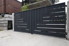 Simple Gate Designs For Homes Compound Wall Design Fence And Iron Main Grill Home House Photos Steel New Modern Man Images Building Front Photo Picture Double Door N Simple Gate Designs, Gate Designs Modern, Modern Fence Design, Iron Main Gate Design, Front Gate Design, Door Gate Design, Grill Gate Design, House Fence Design, House Main Gates Design