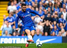 Mateo Kovacic has admitted to watching videos of ex-Manchester United star Paul Scholes N Golo Kante, Stamford Bridge, Manchester United, Real Madrid, Premier League, The Unit, Football, Star, Games