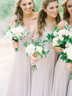 Timeless Golf Club Wedding in Irvine Wedding Gifts For Bridesmaids, Bridesmaid Outfit, Bridesmaid Bouquet, Dream Wedding Dresses, Wedding Gowns, Fall Wedding Makeup, Fall Wedding Centerpieces, Wedding Colors, Wedding Flowers