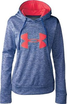 Stylish, warm and boasting a flattering fit, Under Armour's Women's Big Logo Applique Twist Hoodie is sure to become your new go-to top for any outdoor activity. The Armour Fleece® construction delivers a brushed inner layer for next-to-skin comfort, plus a smooth, quick-drying outer layer that stands up to changing elements with ease.