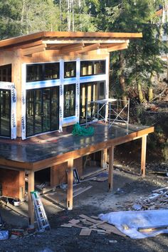 We design & manufacture West Coast style prefab homes. Two Story House Design, Modern House Design, Tiny House Cabin, Cabin Homes, Building Design, Building A House, Timber Frame Homes, Spa, Cabin Design