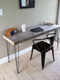 weathered barnwood desk modern rustic style featuring hairpin legs 20 x