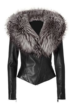 Black Leather Jacket with Fur Collar - ShopStyle Stop! JITROIS Black Leather Jacket with Fur Collar.White collar White collar may refer to: Fur Fashion, Womens Fashion, Fur Collar Jacket, Blazer Jacket, Look Girl, Mode Outfits, Mode Inspiration, Mode Style, Fur Collars