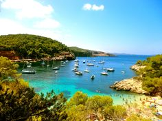 Ibiza.. someone love me lots and  take me here now!