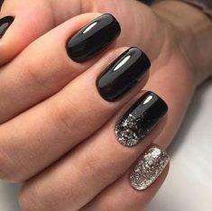 Black and silver nails - Sparkle Nails Nail Manicure, My Nails, Hair And Nails, Nail Polish, Vegas Nails, Gel Pedicure, Manicure Ideas, Black Nail Designs, Acrylic Nail Designs