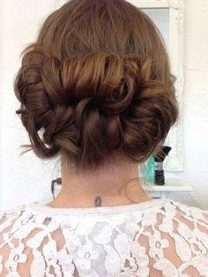 Wedding hair - loose up do.