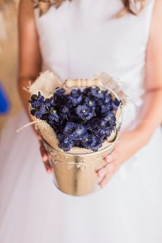 A few thoughts about flowers for your wedding