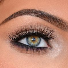 Love it Just the right amount of black on the lower lashes and the color is smudged well