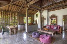 New Living Room Decor Traditional Cottage Style Ideas Living Room And Kitchen Together, New Living Room, Living Room Kitchen, Living Room Interior, Living Room Decor Traditional, Traditional House, House Bali, Beach Dining Room, Dining Rooms