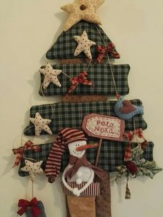 ideas christmas tree decorations diy vintage for 2019 Christmas Sewing, Primitive Christmas, Christmas Home, Vintage Christmas, Christmas Crafts, Christmas Ornaments, Diy Ornaments, Christmas Makes, Christmas Inspiration