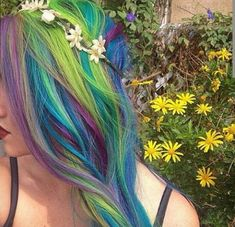 Check out these 10 incredible mermaid hairstyles, and learn how to replicate them yourself!