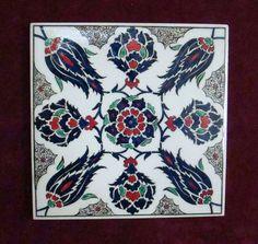 » Çini Galerisi Ceramic Tile Art, Ceramic Design, Ceramic Painting, Turkish Tiles, Turkish Art, Islamic Tiles, Islamic Art, Islamic Patterns, Tile Patterns
