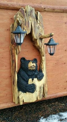 Wood Carving Designs, Wood Carving Patterns, Wood Carving Art, Tree Carving, Wood Art, Moose Decor, Bear Decor, Chainsaw Wood Carving, Bear Art
