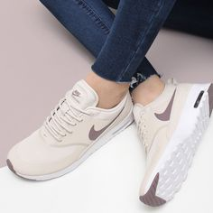 Air max thea prm nel 2019 shoes женская обувь, обувь nike e Sneakers Fashion Outfits, Adidas Fashion, Nike Outfits, Cute Sneakers, Cute Shoes, Shoes Sneakers, Roshe Sneakers, Air Max Thea, Souliers Nike