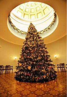 November 22 - December 23, 2014: Antebellum Christmas at the Old Governor's Mansion in Milledgeville, #Georgia