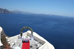 Have your one-of-a-kind wedding at Canaves Oia Hotel
