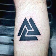50 valknut tattoo designs for men - norse mythology ink ideas - small tattoos Hand Tattoos, Dreieckiges Tattoos, Tattoos Arm Mann, Neue Tattoos, Feather Tattoos, Trendy Tattoos, Forearm Tattoos, Tatoos, Finger Tattoo Designs