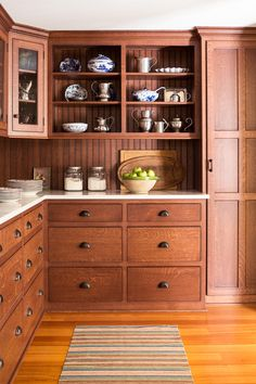 Trends come and go but I seem to be attracted to the classic elements of home de. Trends come and go but I seem to be attracted to the classic elements of home decor that have life-long staying power. See my top picks for today! Kitchen Pantry Design, Kitchen Redo, New Kitchen, Vintage Kitchen, Kitchen Remodel, Kitchen Cabinetry, Kitchen Ideas, Awesome Kitchen, Oak Cabinets