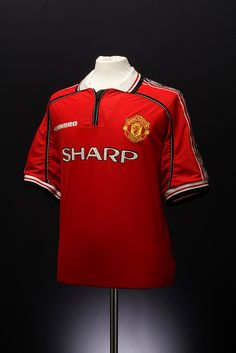 Manchester United Football Shirt (home, Classic Football Shirts, Retro Football, Football Kits, Football Jerseys, Sports Uniforms, Manchester United Football, Professional Football, Soccer Shirts, Man United