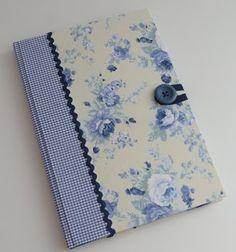Ayumy design em papel: cadernos