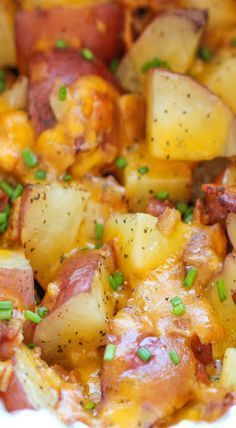 Slow Cooker Cheesy Bacon Ranch Potatoes [ Wealthwood.com ] #Thanksgiving #personalized #gift