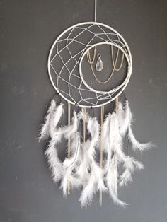 White dreamcatcher witj crystal and goldchains White Dreamcatcher, Dream Catcher White, Dreamcatchers, Etsy, Vintage, Crystals, Handmade, Painting, Home Decor