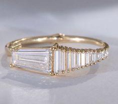 Art Deco Jewelry, Jewelry Box, Jewelery, Vintage Jewelry, Jewelry Accessories, Jewelry Design, Unique Jewelry, Alternative Engagement Rings, Family Jewels