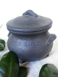 Cauldron Ceramic /  Witchcraft  Wicca https://www.etsy.com/shop/ElementalBird