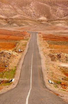 Morocco Road (by edwindejongh on Flickr)