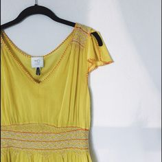 Incandescent Trades Yellow Anthropologie Dress Absolutely precious dress. Perfect for the upcoming Spring months. Yellow dress by HD in Paris for Anthropologie. Lining slip included. Lightweight and airy for a Beachy feel. Anthropologie Dresses Midi