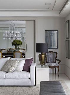 glamorous living/dining room.  APARTAMENTO HIGIENÓPOLIS - Roberto Migotto