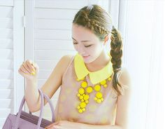 Chromall. Cute Baby Yellow Statement Bubble Bib Necklace