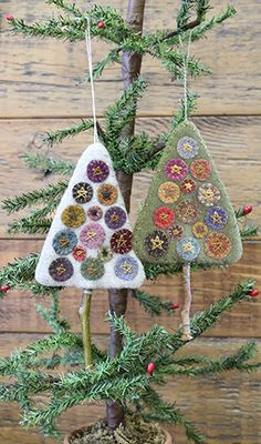"Scrappy Felt Penny Tree Ornaments. When completed they measure 3.5"" x 4.5"". Primitive Gatherings Quilt Shop."