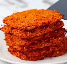 Servings: 6INGREDIENTS3 medium sweet potatoesSalt, to taste1 egg2 tablespoons olive oil3 cloves garlic, minced 2 teaspoons paprika½ teaspoon onion powder1 teaspoon rosemary, finely chopped ½ teaspoon black pepperPREPARATION1. Preheat oven to 400°F (200°C).2. Peel and grate the sweet potatoes using a box grater.3. Transfer the sweet potatoes to a bowl and sprinkle with a large pinch of salt. Mix the sweet potatoes to incorporate the salt and let sit for 20 minutes to draw out moisture.4…