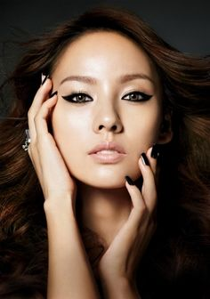 matching brows to hair color Lee Hyori