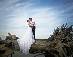 #jekyllislandweddings #driftwoodbeach  Amanda and Brad - Image taken by Lisa Brown (Formerly Lisa Brown Portraits)