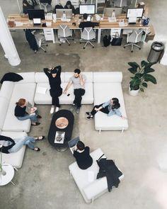 Relaxing Modern Office Space Design Ideas31