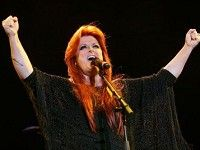 Watch as Wynonna Judd first tells her entire audience that she is proudly a child of God, and then proceeds to deliver one of the most amazing performances of I Can Only Imagine. WOW!