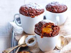 Mug cake choco caramel Recettes - Keto suppe Mug Recipes, Lemon Recipes, Easy Cake Recipes, Chocolate Mug Cakes, Chocolate Recipes, Vegan Mug Cake, Mug Cake Micro Onde, Easy Mug Cake, Cake Mug