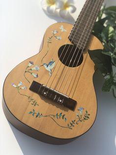 Jockomo's For Acoustic Guitar & Ukulele Body - Assorted Hummingbird (Hummingbird with Flowers Vines) Guitar Art Diy, Guitar Painting, Acoustic Guitar Art, Arte Do Ukulele, Ukulele Stickers, Ukulele Design, Disney Canvas Art, Instruments, Acoustic Design