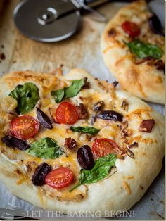 Mediterean Style Pizza - made from scratch with Breadmaker or without. Chewy Crust layered with Chicken, Bacon, Olives, Spinach and other goodness, along with a White Sauce that will have you begging for more!