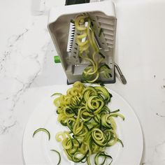 Cranking up the spiraliser for a zucchini salad. Love it. Easy.